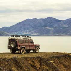 Land Rover Defender 110 Td5 County adventure last lake travel