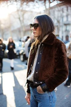 On the Street…Viale Umbria, Milan (The Sartorialist) The Sartorialist, Style Indie, My Style, Looks Street Style, Winter Stil, Inspiration Mode, Fashion Inspiration, Look Chic, Winter Looks