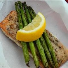 """Chef John's Salmon in Parchment 