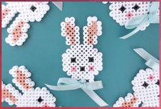 Sweet Easter bunny in hama beads and a small bow to give the final push. - Sweet Easter bunny in hama beads and a small bow to give the final push.Find a free printable templ - Hama Beads Design, Diy Perler Beads, Hama Beads Patterns, Beading Patterns Free, Perler Bead Art, Art Perle, Motifs Perler, 8bit Art, Peler Beads