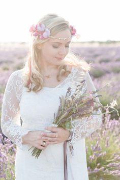 Französische Teeparty im Lavendelfeld der Provence @Der Rothe Faden http://www.hochzeitswahn.de/inspirationsideen/franzoesische-teeparty-im-lavendelfeld-der-provence/ #lavendel #wedding #bride