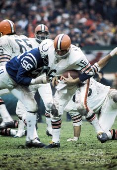 Bill Nelsen Browns | ... Browns quarterback Bill Nelsen (16) during the 1971 AFC Divisional