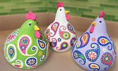 Crafts n' things Weekly - paisley chickens