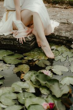 Princess Aesthetic, Lily Pond, Pink Tone, Character Inspiration, Photoshoot, Artist, Green, Pictures, Photography