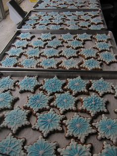 snow flakes by Karen Portaleo/ Highland Bakery, via Flickr