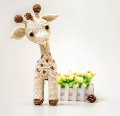 Amigurumi Zhirafik The Giraffe Free Pattern – Free Patterns Giraffe Crochet, Crochet Bunny, Free Crochet, Giraffe Pattern, Crochet Patterns Amigurumi, Amigurumi Doll, Crochet Toys, Knitted Animals, Kawaii
