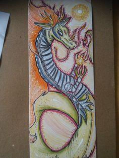 """titulo """"Dragon born"""" técnicas colores y marcadores hecho en sobrante de cartulina"""