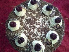 Chocolqte and cherry cake