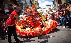 Chinese Dragon  Abertura do festival de comemoração do ano novo chinês (ano da serpente) no bairro da Liberdade em São Paulo