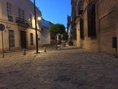 La Carrera desde la Plaza de las Descalzas #Antequera por Jon