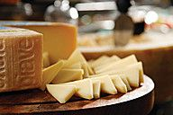 Who loves French cheese? This brasserie in the heart of #Cairo is the ultimate hangout for fashionistas wanting to linger in the mall, and catch up with friends in a stylish and elegant environment surrounded by high end boutiques and attached to the Four Seasons Hotel at The First Residence. This Four Seasons revamped La Gourmandise is your Parisian destination of contemporary French dining within the First Mall Cairo.