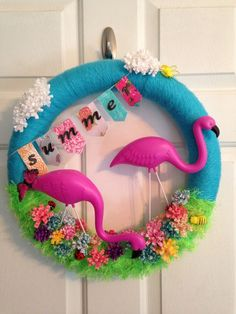 Pink flamingo summer wreath ⛱ I wonder if this would work with a pool noodle hmm Flamingo Craft, Flamingo Decor, Pink Flamingos, Flamingo Party, Flamingo Gifts, Flamingo Birthday, Summer Deco, Pink Summer, Wreath Crafts