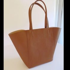 H&M tote Excellent condition brown tote! H&M Bags Totes