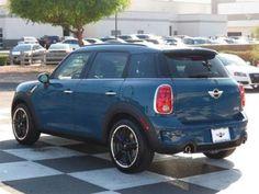 love this surf blue MINI Cooper S Countryman! My next car :)