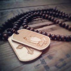 "@paulbeckers's photo: ""www.urbanclassics-shop.nl""  #wood #woodenjewels #bracelet #fashion #2012 #trending #woodjunkie #woodfellas #goodwood #goodwoodnyc    http://www.urbanclassics-shop.nl/masterdis-wood-fellas-necklace-praying-hands-lengt.html"