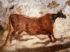 The Lascaux Cave near the village of Montignac in southwestern contains Upper Paleolithic art estimated to be years old. Ancient Art, Ancient History, Art History, Art Pariétal, Ap Art, Lascaux Cave Paintings, Chauvet Cave, Art Paintings, Paleolithic Art