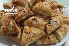 Çıtır Çıtır Peynirli Üçgen Börek Tarifi