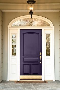 Front Door Paint Colors - Want a quick makeover? Paint your front door a different color. Here a pretty front door color ideas to improve your home's curb appeal and add more style! Best Front Door Colors, Best Front Doors, The Doors, Entry Doors, Front Entry, Front Porch, Entryway, Dark Front Door, Arched Front Door