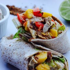 Mango and Crispy Tenders Jamaican Jerk Wraps7 Delicious Vegan Recipes, Healthy Recipes, Lunch Recipes, Jamaican Jerk Seasoning, Healthy Snacks, Healthy Eating, Vegan Party Food, Salad Wraps, Wrap Recipes