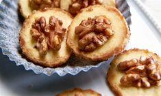 Walnuss-Marzipan-Taler Rezept | Dr. Oetker Tasty, Yummy Food, Meringue, Treats, Breakfast, Sweet, Desserts, Fitness, Recipes