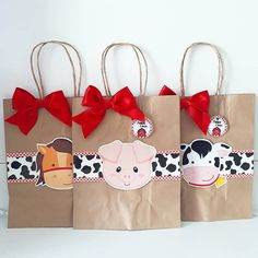 Animal Themed Birthday Party, Farm Themed Party, Farm Animal Birthday, Barnyard Party, Cowboy Birthday, Farm Birthday, Baby Girl Birthday, Farm Party, Animal Party