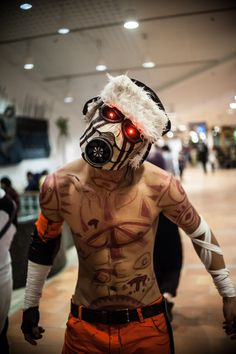 borderlands Psycho. Inspiration for tattoos. Possibly even mask/'goggles.