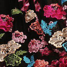"""""""舞蹈""""的图片搜索结果 Alexander Mcqueen Scarf, Stuff To Buy, Fashion, Moda, Fashion Styles, Fasion"""