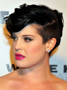 PIXY Haircuts for 2014 | 2014 Short Hairstyles for Round Faces: Kelly Osbourne Pixie Haircut