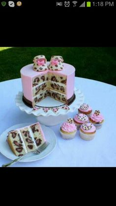 possible baby shower cake idea ;)