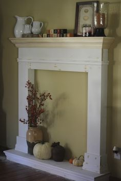Golden Boys and Me: Our Faux Fireplace - love this
