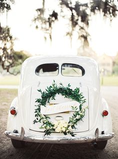 Photography : Perry Vaile | Floral Design : Em Creative Floral | Reception Venue : Middleton Place Plantation Read More on SMP: http://www.stylemepretty.com/2017/01/17/the-wedding-of-ana-cristina-cash-john-carter-cash-son-of-june-carter-johnny-cash/