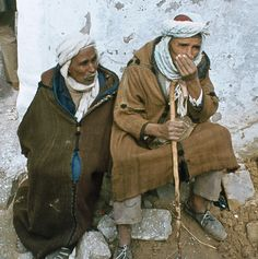 Menschen in Algerien, 1980-04 by Manfred Lentz, via Flickr Sidi Bou Said, Hipster, Sayings, Google, Style, Fashion, Swag, Moda, Hipsters