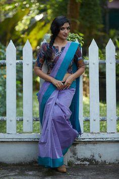 Saree Jacket Designs, Cotton Saree Blouse Designs, Blouse Back Neck Designs, Fancy Blouse Designs, Stylish Blouse Design, Saree Trends, Blouse Models, Kerala, Detail