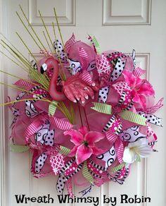 deco mesh wreath Summer deco mesh by WonderfulWreathsKim Deco Mesh Pink Flamingo Spring/Summer by WreathWhimsybyRobinDeco Mesh Pink Flamingo Spring/Summer by WreathWhimsybyRobin Summer Wreath, 4th Of July Wreath, Spring Wreaths, Summer Deco, Spring Summer, Summer Porch, Flamingo Craft, Flamingo Decor, Flamingo Party