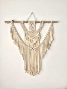 Macrame wallhanging. Original designed by TEX MB.