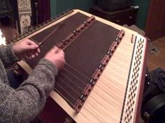Hammered Dulcimer ~ Irish Jigs.... This is the coolest instrument I've ever seen
