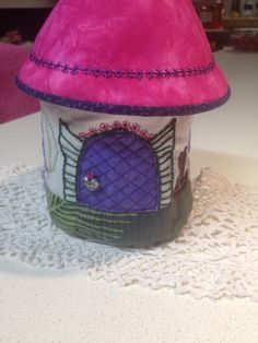 Fairy House Crafts To Make, Arts And Crafts, Captain Hat, Fairy, Hats, Hat, Artesanato, Art And Craft, Fairies