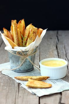 Baked Rosemary Wedges & Garlic Aioli