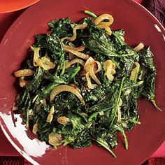 Diabetes Friendly eating: Braised Kale Recipe. Kale is a super source for vitamins and protein to keep you filled longer. #diabetic #recipes #foodie