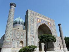 Los reflejos azules de Samarkanda I: El Registán Conquistador, Marrakesh, Taj Mahal, Building, Travel, Blue Highlights, Blue Nails, Alexander The Great, Morocco