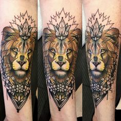 Lion Tattoo with crown and flowers. Tattooist: Jim Warf Shop: Elizabeth St…