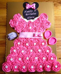1000 Ideas About Minnie Mouse Cupcake Cake On Pinterest