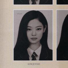 Kim Jennie, Passport Pictures, Id Photo, Kpop Posters, School Pictures, Blackpink Photos, Cybergoth, Blackpink Fashion, Blackpink Jisoo
