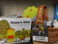 Rosie's Walk Story Basket- this would be nice on the bottom shelf of the book stand. Love the attached contents picture too. Farm Activities, Preschool Books, Kindergarten Literacy, Language Activities, Early Literacy, Kind Photo, Book Area, Timmy Time, Story Sack