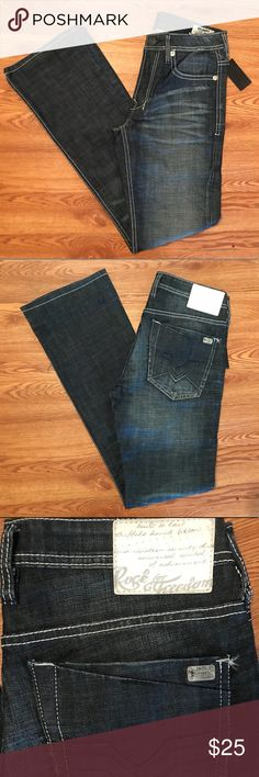 🆕Men's 30x34 Designer Buffalo David Bitton Jeans! 🔵Please CAREFULLY look at the pictures provided & read the following description to ensure your satisfaction🔵  ‼️Jeans have tiny rip on left side of hip‼️ *****SEE PICTURES ABOVE*****  Other than this small defect, these jeans are in EXCELLENT condition w/ THICK quality denim💎 - Brand new with tags - Retail price $109  30x34 - Bootcut Fit - Gilbert Style - Buffalo David Bitton Jeans Buffalo David Bitton Jeans Bootcut