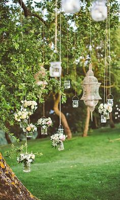 Simply Chic Wedding Flower Decor Idea