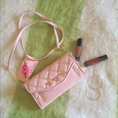 Luv Betsey Clutch/Crossbody Converts from clutch to Crossbody, blush color with heart pattern, gold accents, so so cute!! Betsey Johnson Bags Clutches & Wristlets