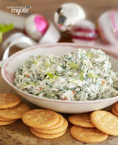 Our Classic Spinach Dip is everyone& favourite appetizer. Served with bread, crackers or fresh veggies, this spinach dip is always the first appetizer to disappear. Kraft Foods, Kraft Recipes, Dip Recipes, Cooking Recipes, What's Cooking, Delicious Recipes, Recipies, Appetizer Dips, Appetizer Recipes