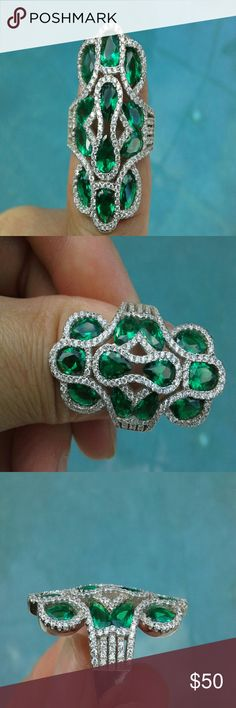 NEW  ♥♥ Stunning .925 Emerald & CZ ring New & never worn, sz 7, all stones are sparkly and intact.  Ask any questions or additional pics before purchase. Luxury Lifestyle Collection  Jewelry Rings