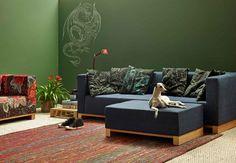 Aprenda como fazer um sofá com pallets e fique na moda! http://revista.zap.com.br/imoveis/aprenda-como-fazer-um-sofa-com-pallets-e-fique-na-moda/